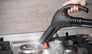 Уборка кухни и дизенфецирование поверхностей паропылесосом Polti Vaporetto Lecoaspira FAV20